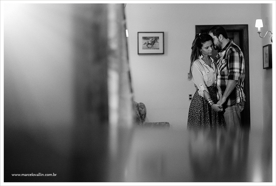 Ensaio Pre Wedding no campo | Marcelo Vallin Fotografia | Pousada Fazendinha Búzios